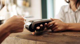 Cashless economy: pros & cons