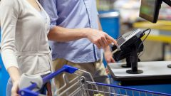 Canada's grocery chain launches smart shopping carts