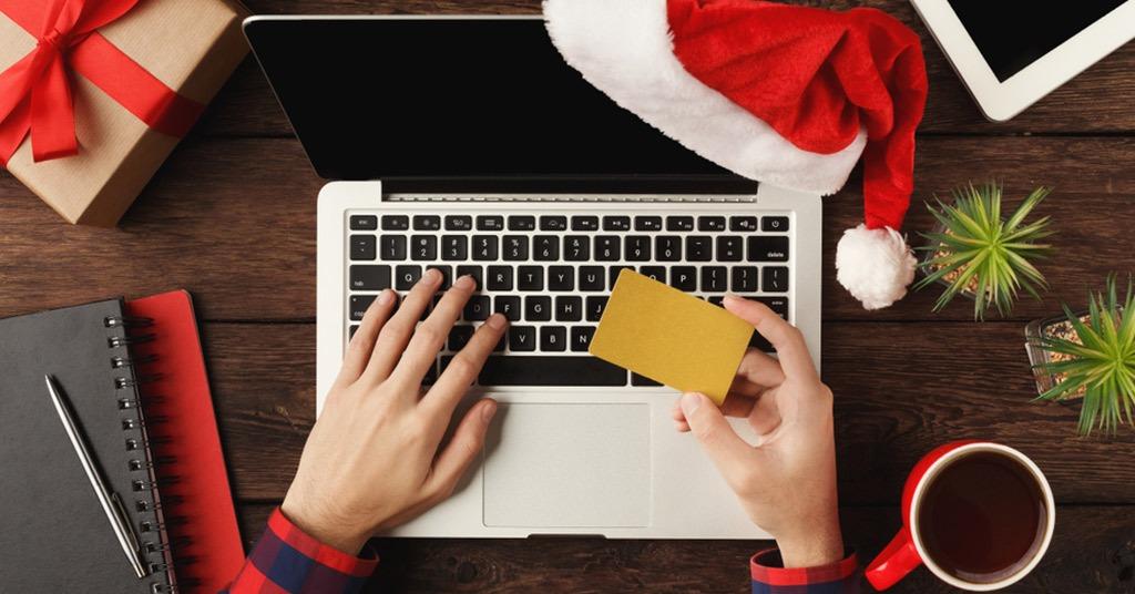 holiday shopping behavior