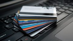 UK's credit card lending sets new records