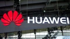 Huawei launches blockchain service for users around the world