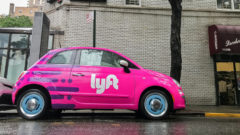 Lyft collaborates with an American bank