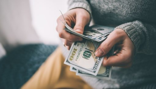 Payday loans explained: tips, benefits, and pitfalls