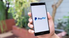 Coinbase customers in Canada can use PayPal