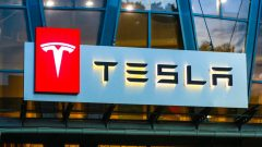 Tesla to launch tech that detects children left in hot cars