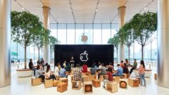 Apple opens its first store in the new market