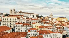Electronic payments to overtake cash in Portugal by 2020