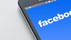 Facebook rolls out app business app for SMBs