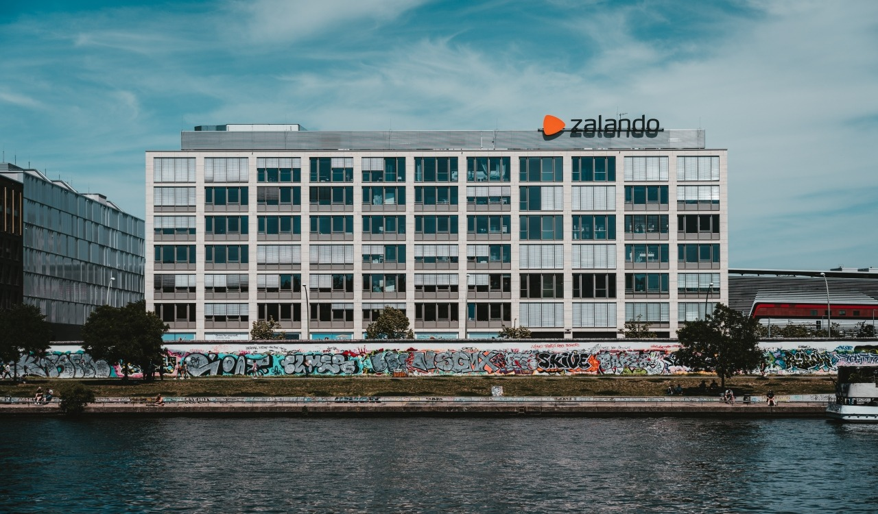 Zalando Connected Retail program