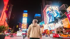 Digital vs traditional advertising: reaching new clients