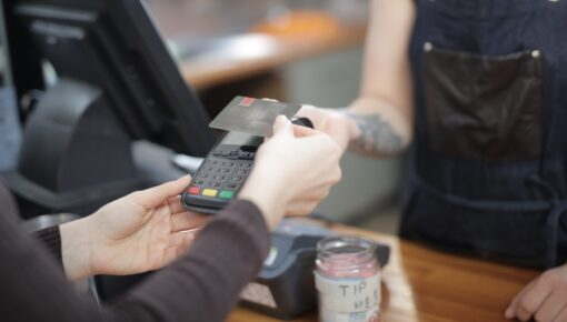 Over 3/4 of cashless transactions in DACH region are now contactless