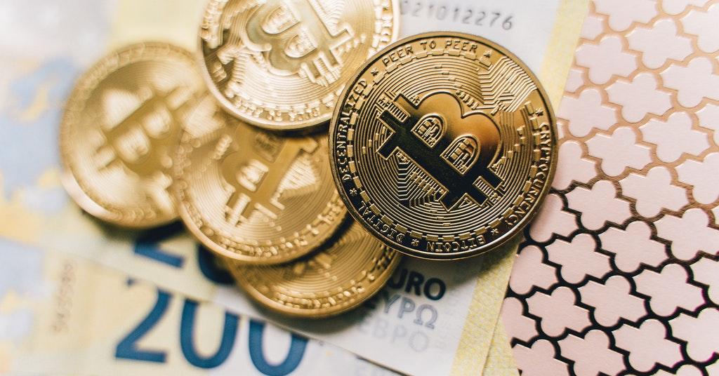 how to convert Bitcoin USD EUR