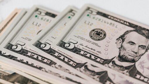 Major risks to US economy explained