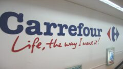 Carrefour rolls out new services by entering into partnership